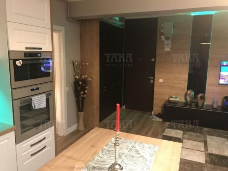 Apartament Cu 3 Camere Vest ID V478418 3