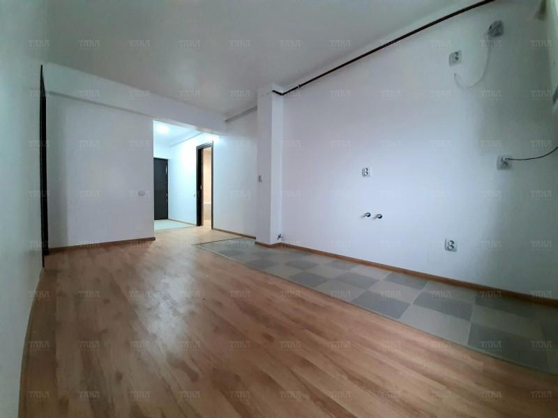 Apartament Cu 3 Camere Floresti ID V889729 1