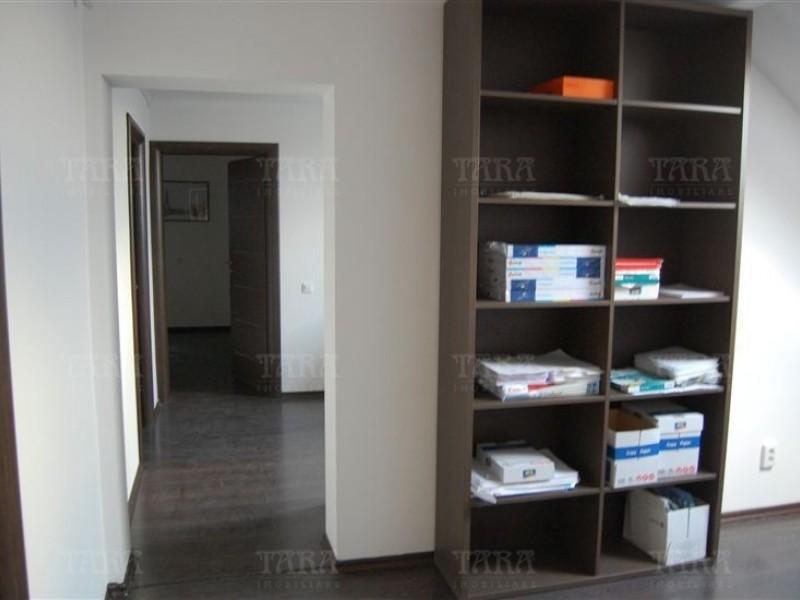 Casa Cu 18 Camere Iris ID V366142 3