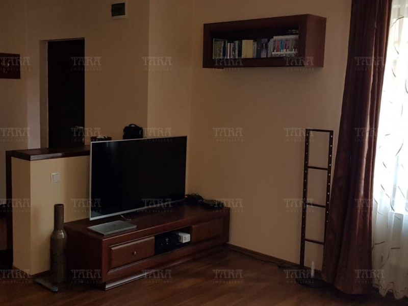Casa Cu 4 Camere Floresti ID V1172689 3