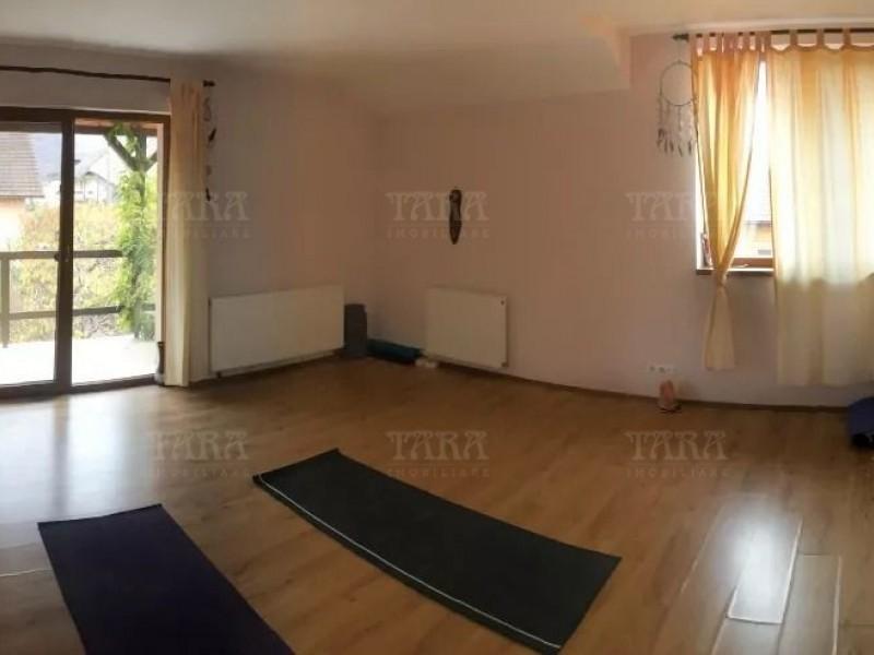 Casa Cu 4 Camere Floresti ID V815841 3