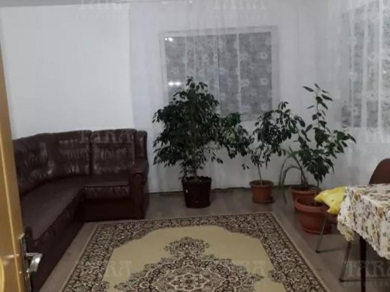 Casa 6 camere, Apahida