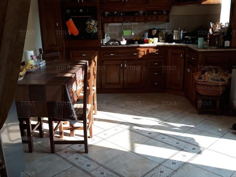 Casa Cu 4 Camere Dambul Rotund ID V563058 1