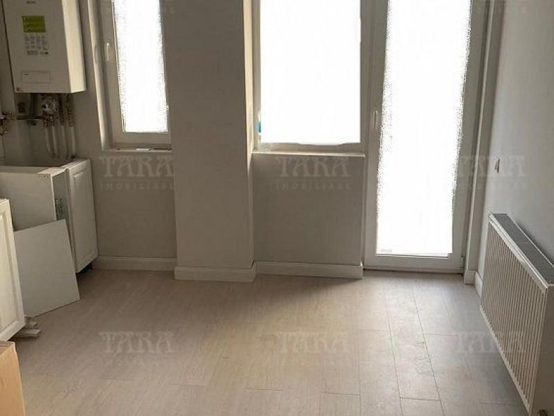 Apartament Cu 3 Camere Floresti ID V1091465 3