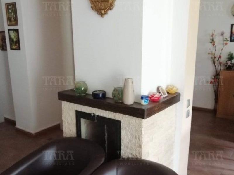 Apartament Cu 4 Camere Baciu ID V937776 2