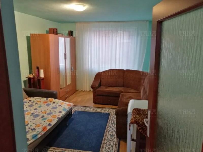 Apartament Cu 3 Camere Floresti ID V1008703 3