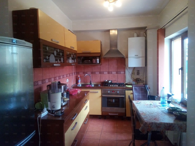 Casa Cu 5 Camere Gruia ID V275444 3