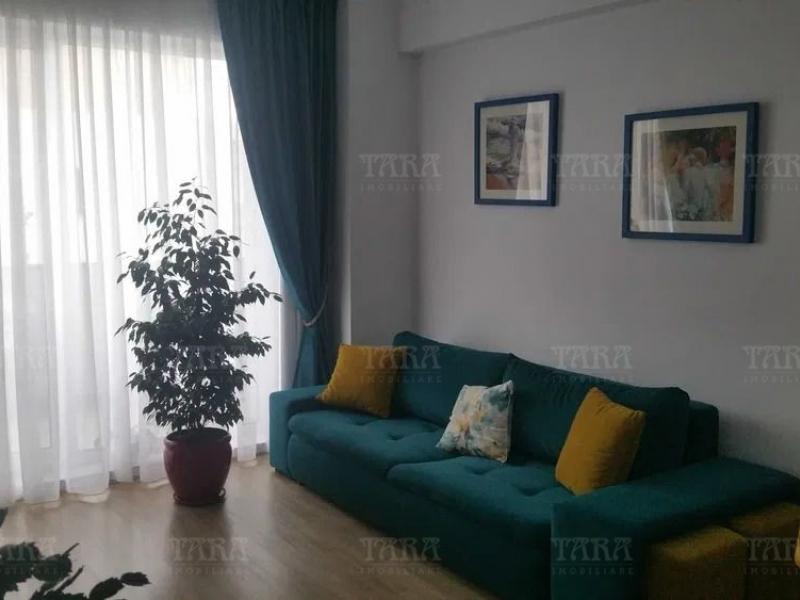 Apartament cu 3 camere, Europa