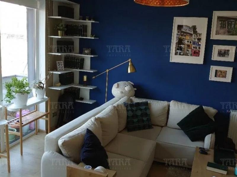 Apartament Cu 3 Camere Semicentral ID V935586 1