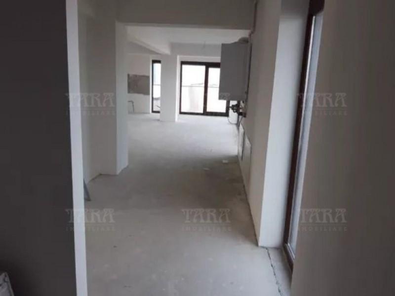 Apartament Cu 4 Camere Europa ID V830073 3