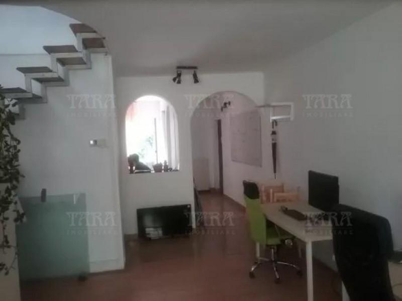 Apartament Cu 3 Camere Ultracentral ID V617016 1