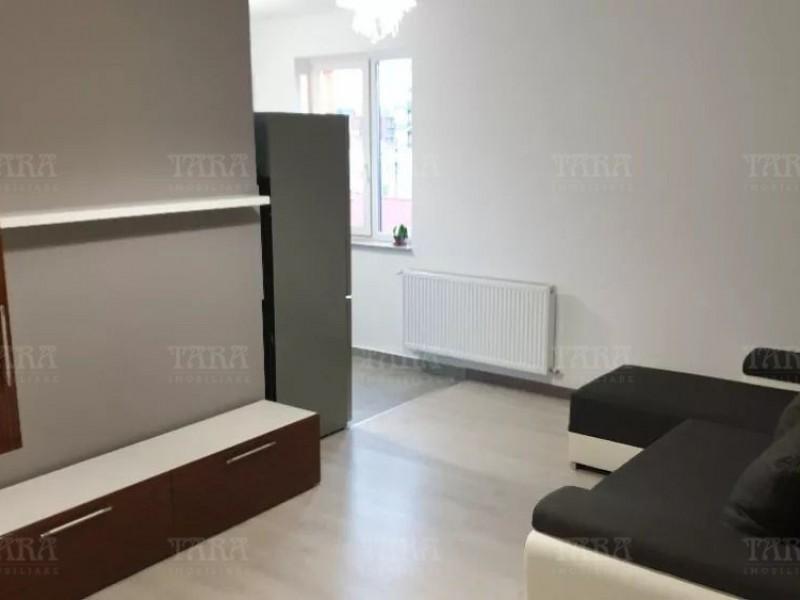 Apartament Cu 3 Camere Semicentral ID V839436 2