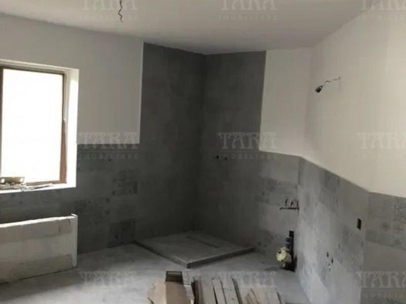 Casa Cu 5 Camere Dambul Rotund ID V1057061 5