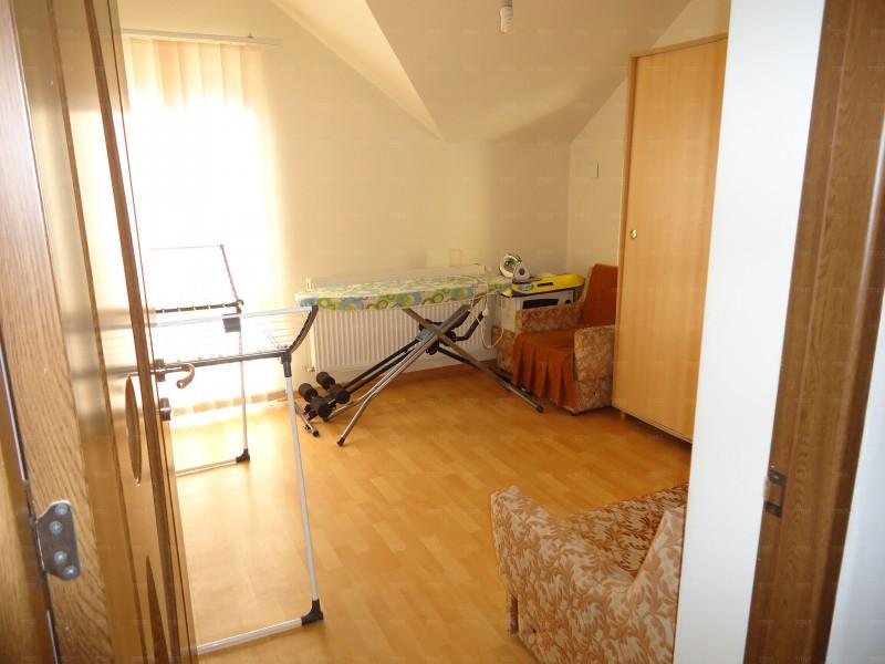 Casa Cu 8 Camere Floresti ID V738674 4