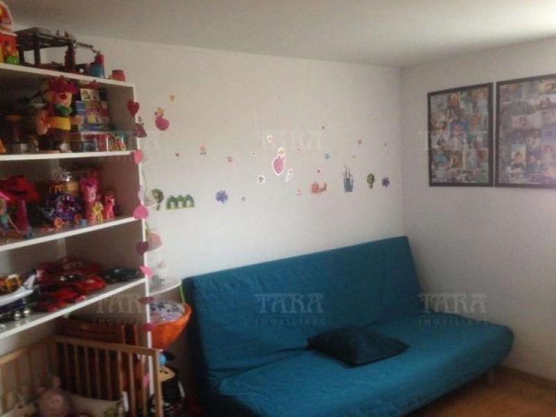 Apartament Cu 3 Camere Floresti ID V476089 2
