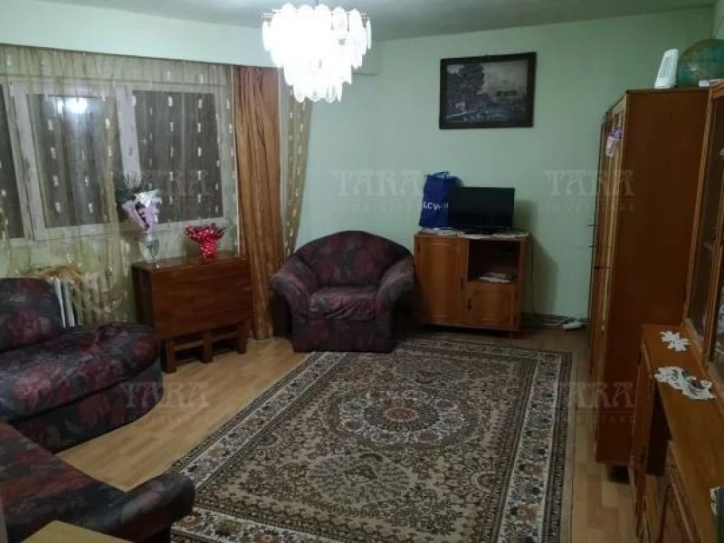 Apartament Cu 4 Camere Grigorescu ID V670733 2