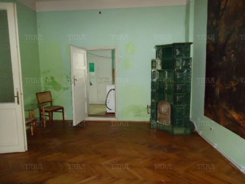 Apartament Cu 3 Camere Semicentral ID V210896 3