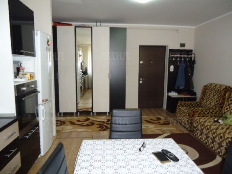 Apartament Cu 2 Camere Floresti ID V520669 3