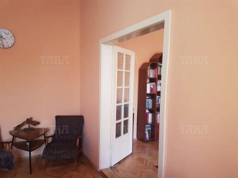 Apartament Cu 2 Camere Semicentral ID V520736 4