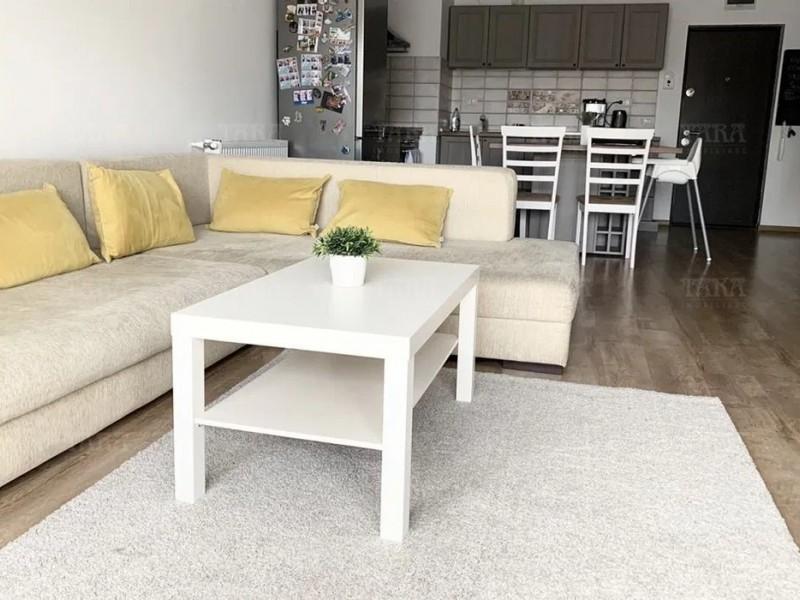 Apartament Cu 2 Camere Semicentral ID V1062108 3