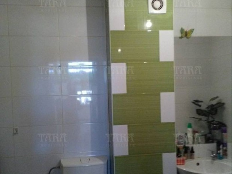Apartament Cu 3 Camere Floresti ID V530780 3