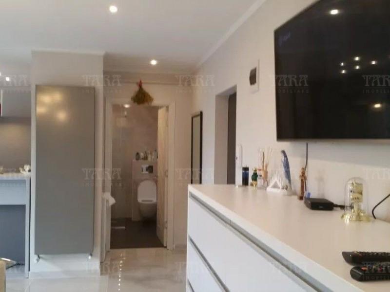 Apartament Cu 2 Camere Floresti ID V835439 2