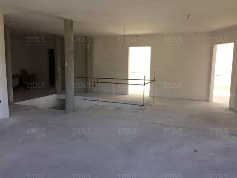 Casa Cu 7 Camere Suceagu ID V602518 3