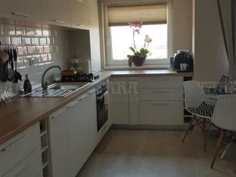 Apartament Cu 3 Camere Floresti ID V889295 1