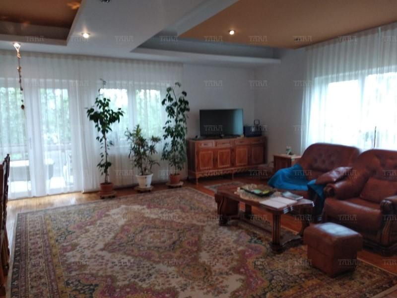 Casa Cu 7 Camere Buna Ziua ID V715061 9