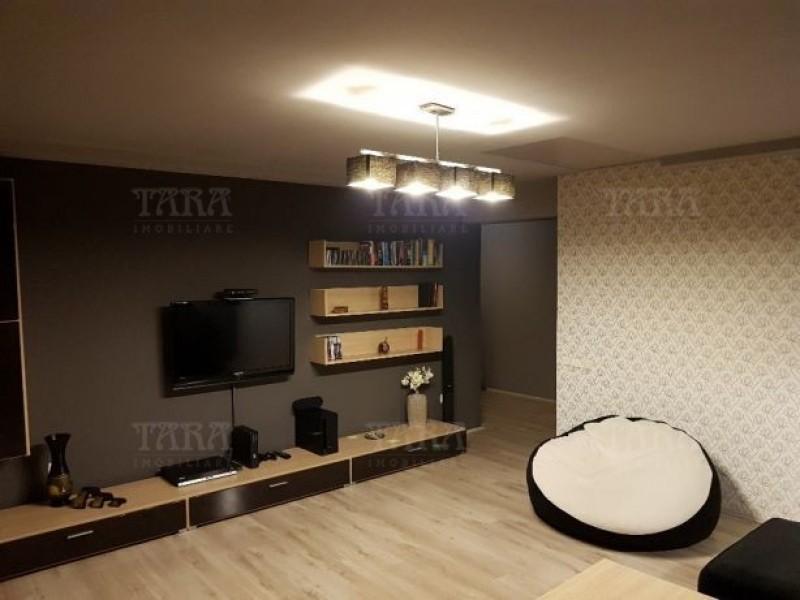 Apartament Cu 3 Camere Floresti ID V505437 2