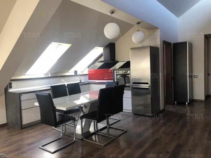 Apartament cu 4 camere, Buna Ziua