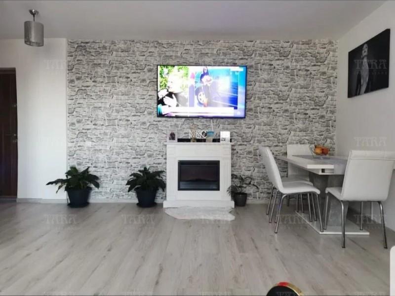 Apartament Cu 3 Camere Floresti ID V1136507 2