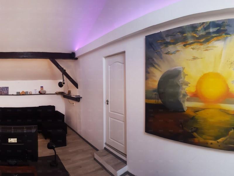Casa cu 4 camere, Ultracentral
