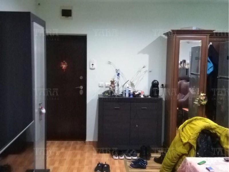 Apartament Cu 3 Camere Floresti ID V888399 3