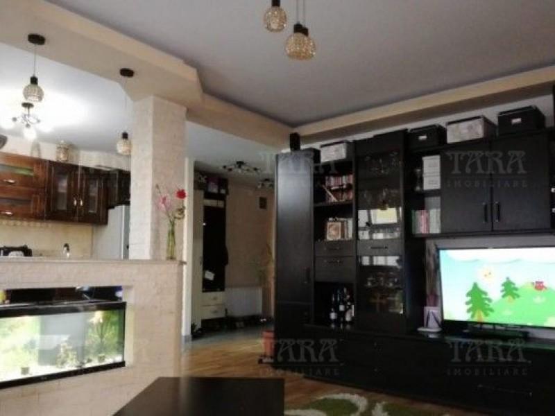 Apartament Cu 3 Camere Floresti ID V773490 2