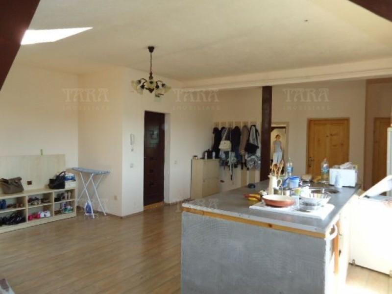 Apartament Cu 3 Camere Dambul Rotund ID V286957 8