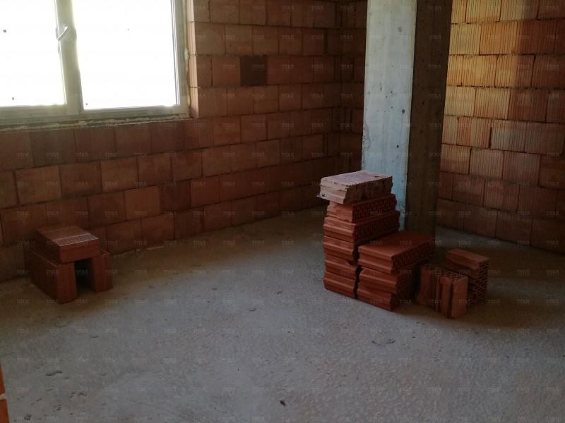 Apartament Cu 3 Camere Floresti ID V516338 3
