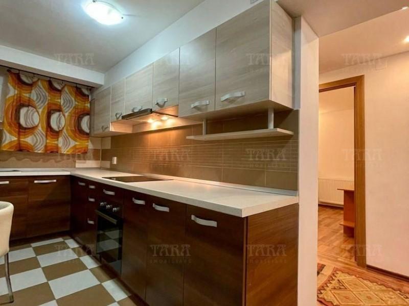 Apartament Cu 3 Camere Semicentral ID I303716 2
