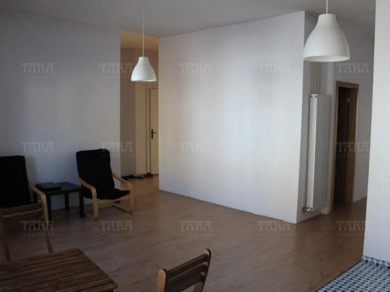 Apartament Cu 3 Camere Ultracentral ID V917393 3