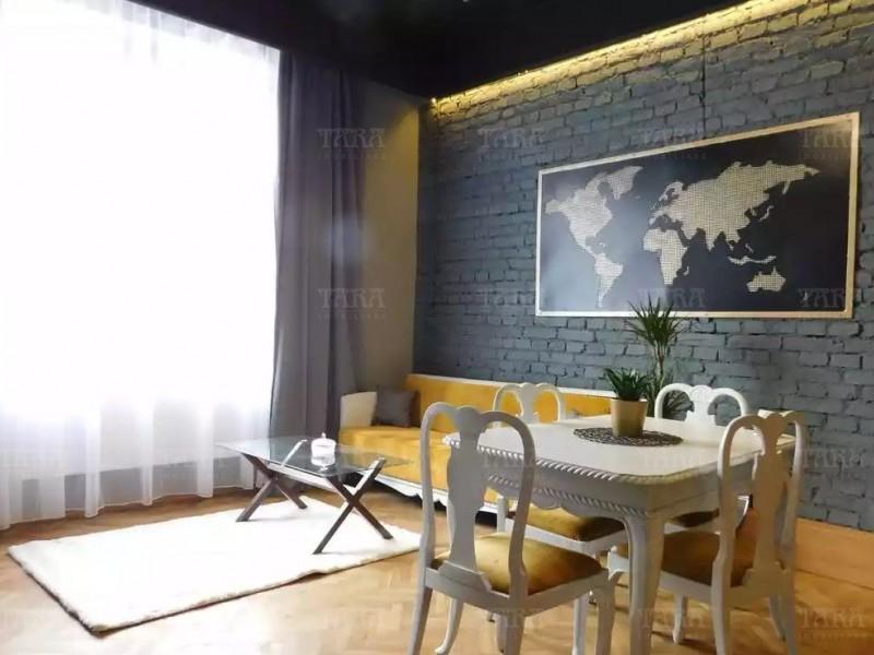 Apartament 3 camere, Semicentral