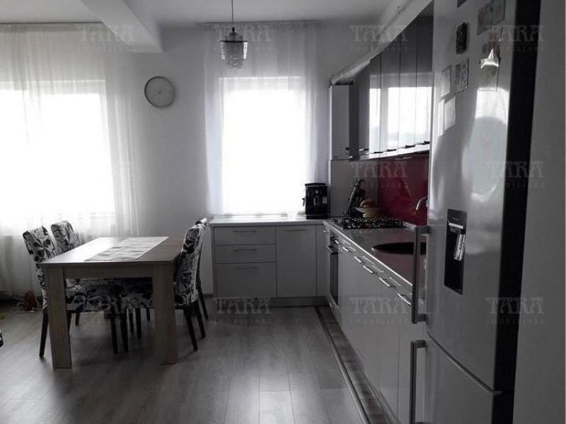 Apartament Cu 3 Camere Baciu ID V665782 3
