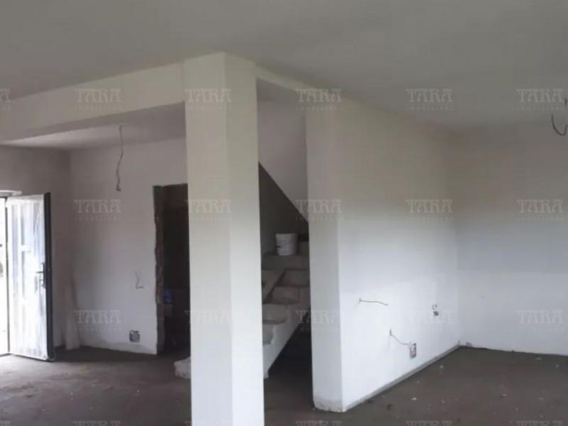 Casa Cu 4 Camere Iris ID V695478 2