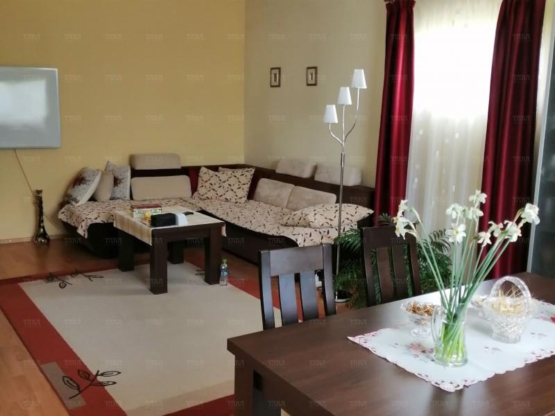 Casa Cu 8 Camere Dambul Rotund ID V714398 2
