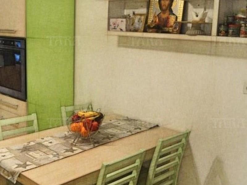 Apartament Cu 3 Camere Floresti ID V1135023 2
