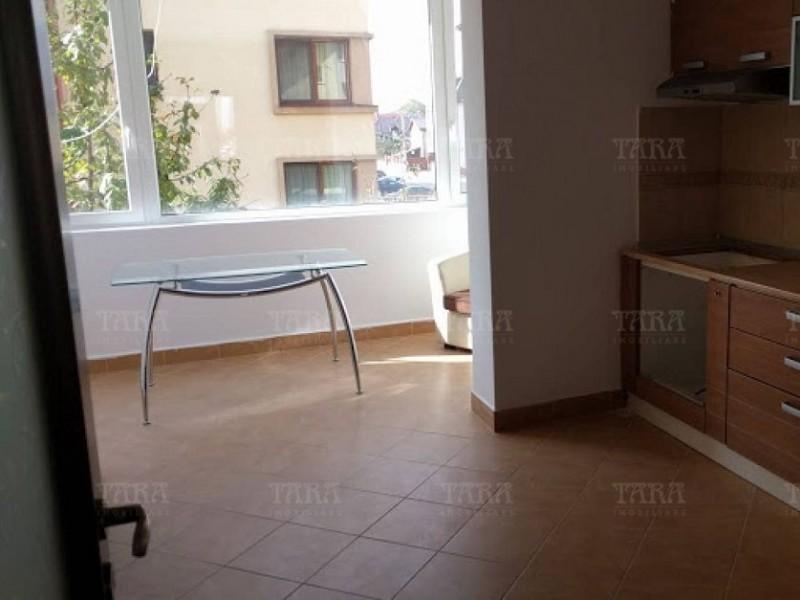 Apartament Cu 4 Camere Floresti ID V483273 2