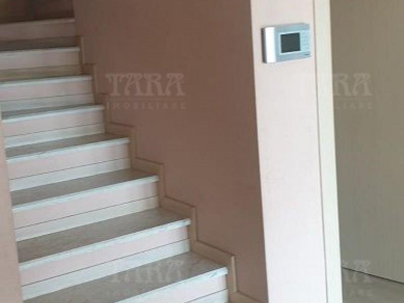 Casa Cu 4 Camere Dambul Rotund ID V1232990 5