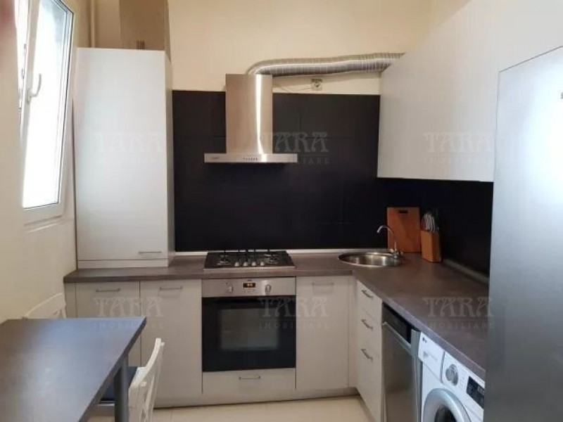 Apartament Cu 4 Camere Ultracentral ID V759723 2