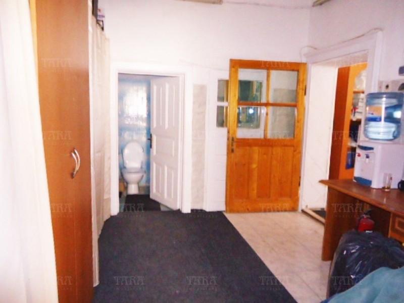 Casa Cu 4 Camere Semicentral ID V612049 4