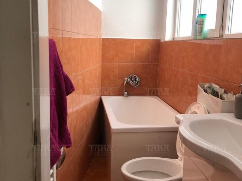 Apartament Cu 2 Camere Semicentral ID V740139 7