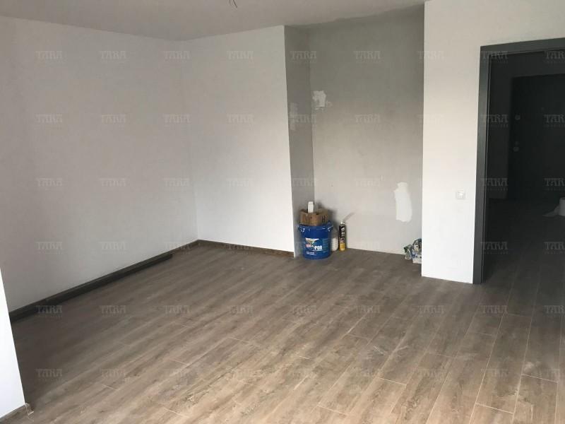 Apartament Cu 3 Camere Floresti ID V525197 3